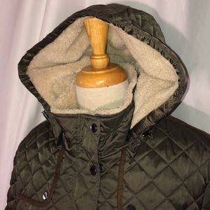 Brand new quilted jacket, fur lined collar/hood xl